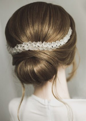 Lily Headpiece bu Victoria Louise