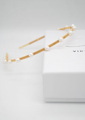 Gold DOTTY freshwater pearl headband (small) by Victoria Louise