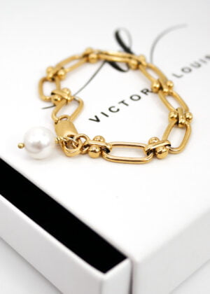 Gold Freshwater Pearl Bracelet | Gift by Victoria Louise